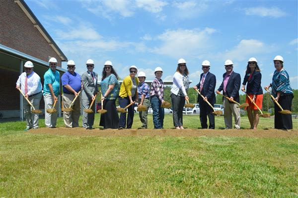 Franklin Elementary Breaks Ground