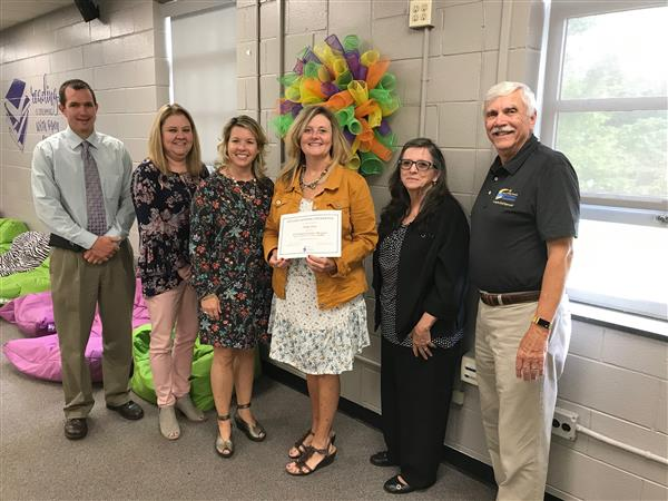 Ms. Cave receives Mini Grant from SCS Educational Foundation for Outdoor Classroom